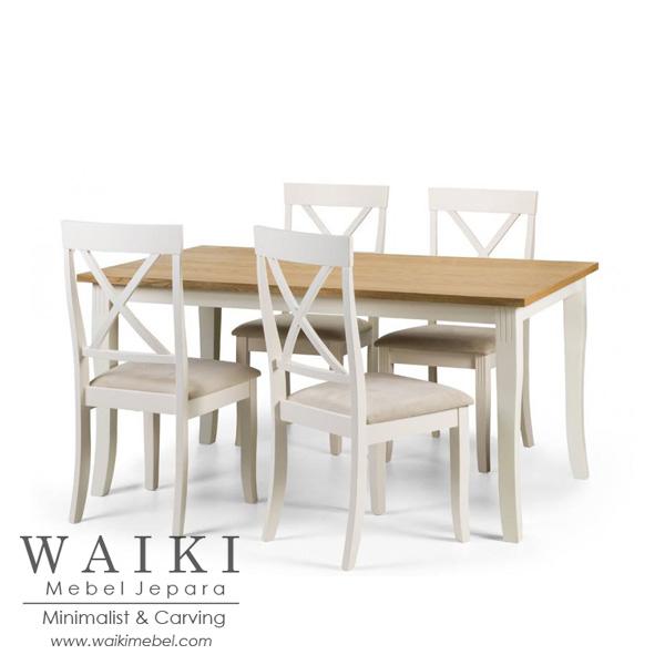 Set Meja Makan Keluarga Kecil