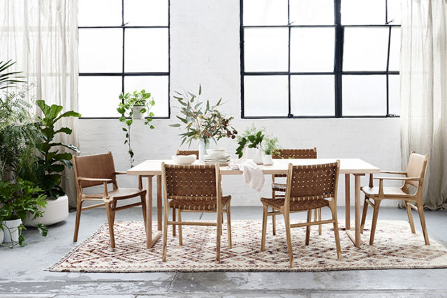 ruang makan gaya scandinavia,ruang makan model scandinavia rustic,gaya furniture scandinavia jepara,jual mebel scandinavia furniture jepara,model furniture scandinavia industrial jepara, produsen mebel scandinavia furniture jepara,gaya interior populer scandinavia minimalis furniture